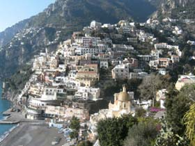 Installations: Gallery of Art, Positano